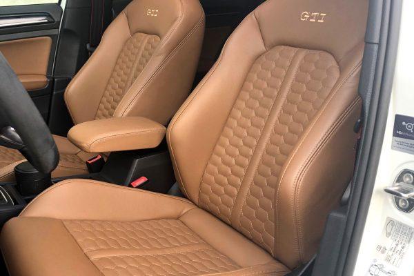 Golf7 Gti sadlebrown honeycomb 1